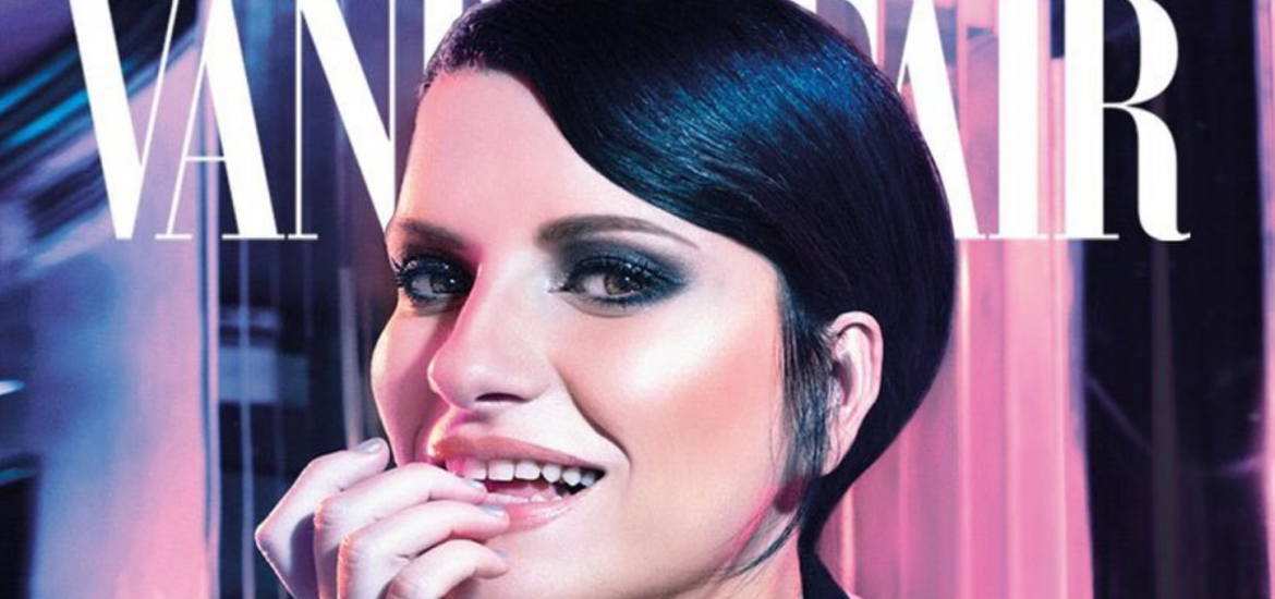Laura Pausini, super Photoshop su la cover di Vanity Fair.