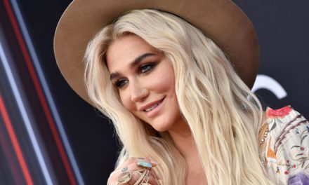 Kesha torna con un nuovo singolo : Rich White Straight Men – (AUDIO)