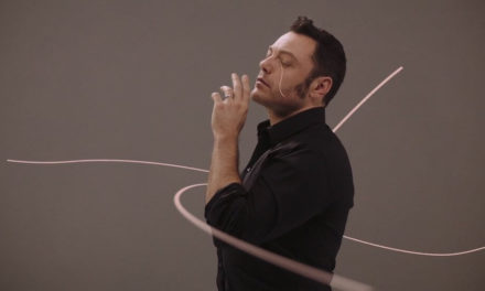 "Tiziano Ferro : ""Amici Per Errore"" , (VIDEO)"